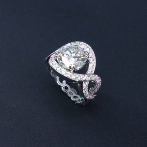 bague torsade diamants