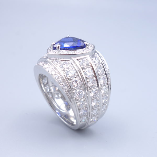 Bague saphir diamants