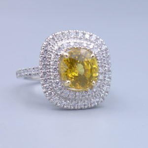 bague saphir jaune et diamants