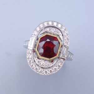 Bague ovale diamants